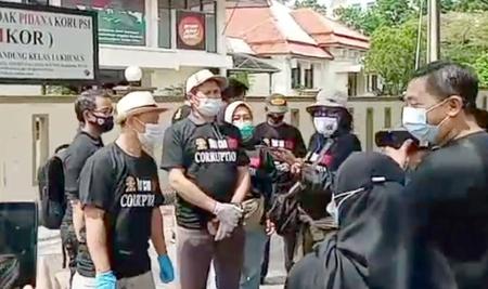 Peringati Hari Anti Korupsi Jurnalis Hukum Bandung Turun ke Jalan 1