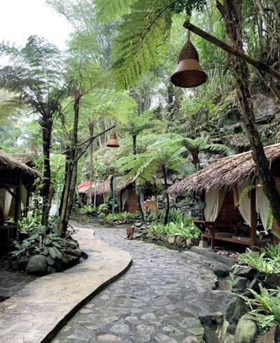 Kampung Daun Bandung FotoNet