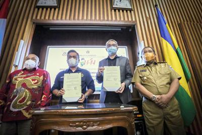 Tri Dharma Perguruan Tinggi Keluarga PWI Kota Bandung Bisa Kuliah Gratis di USB YPKP dan STAIPI Persis 2
