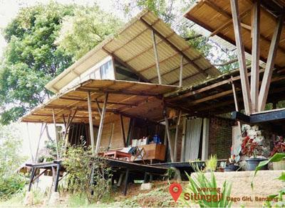 Warung Sitinggil Bandung FotoNet