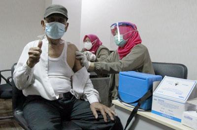 bank bjb Fasilitasi Vaksinasi Covid 19 untuk Lansia 6